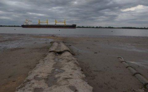 Se complica la actividad en los puertos por la histórica bajante del río Paraná.