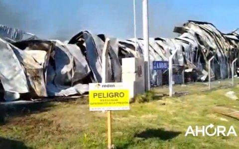 Impresionante incendio en el depósito de una distribuidora mayorista en Paraná