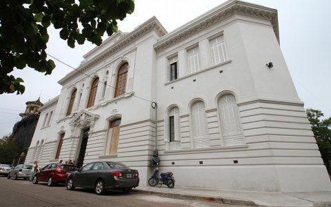 ¿Bordet inaugurará el ciclo lectivo en un renovado edificio ? ¿ Colegio Nacional Gualeguaychu?