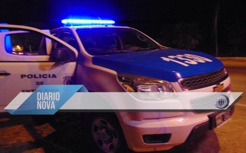 Emboscaron a la policía en Barrio 348: hubo personas detenidas y dos patrulleros rotos