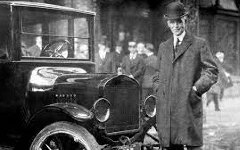 Lo que ningun politico puede adjudicarse - El 25 de septiembre de 1926 Henry Ford anunció la semana laboral de cinco días por semana, ocho horas por día